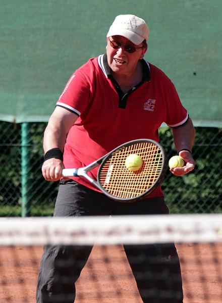 Hier im Foto:28.05.2012 +++ PfingstturnierBottrop - Der TC Blau-Gelb Eigen Bottrop hat sein Pfingstturnier 2012 ausgetragen. Bei den Damen siegte Stefanie Amft. Bei den Herren war Markus Kaminski mit 23 Punkten siegreich.